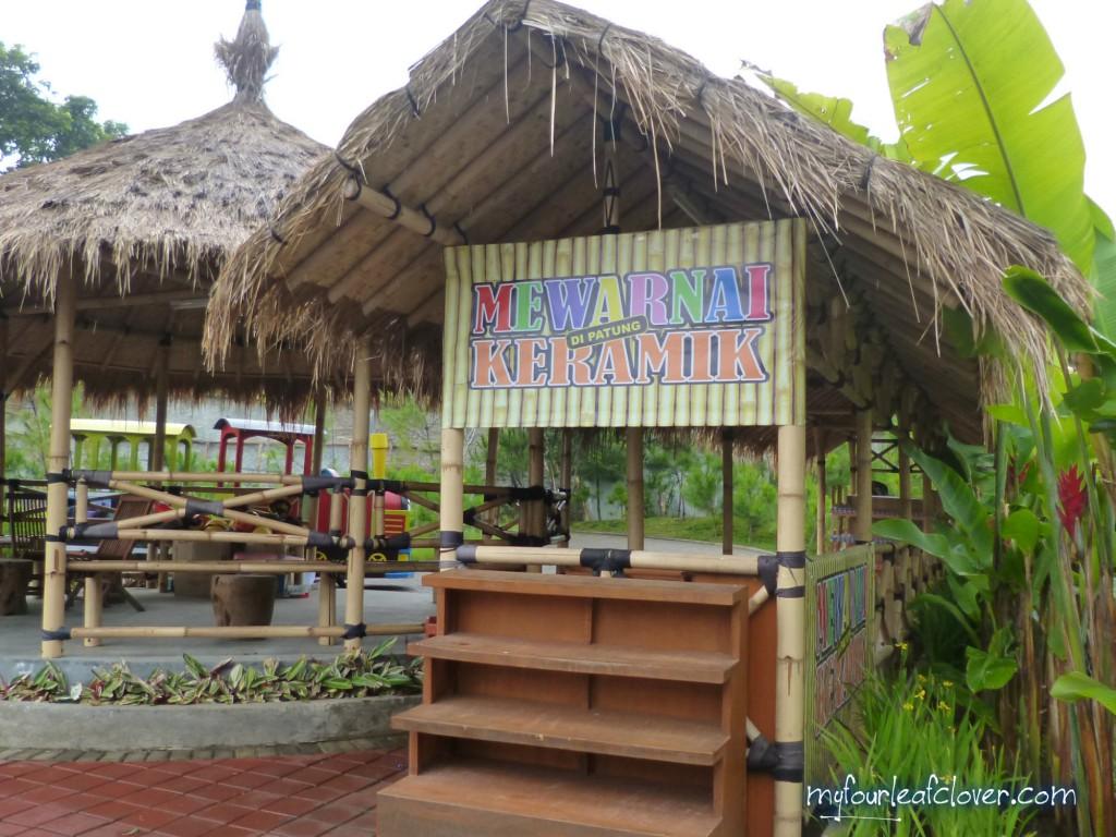 mewarnai-keramik-floating-market-lembang