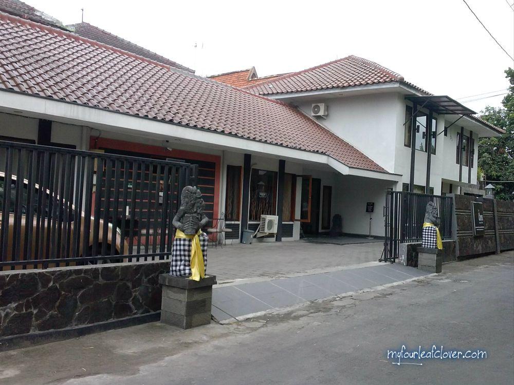 Hotel-Puri-Chorus-Yogyakarta