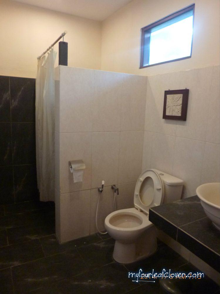 Kamar mandi Business Suite Room